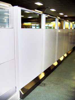 freestanding industrial partition wall
