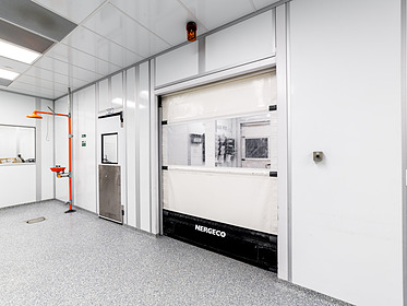 ISO 7 & 8 Cleanrooms for Medical Manufacturing Case Study - PortaFab Modular Cleanrooms