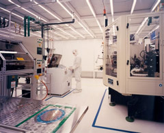 cleanroom microelectronics manufacturing